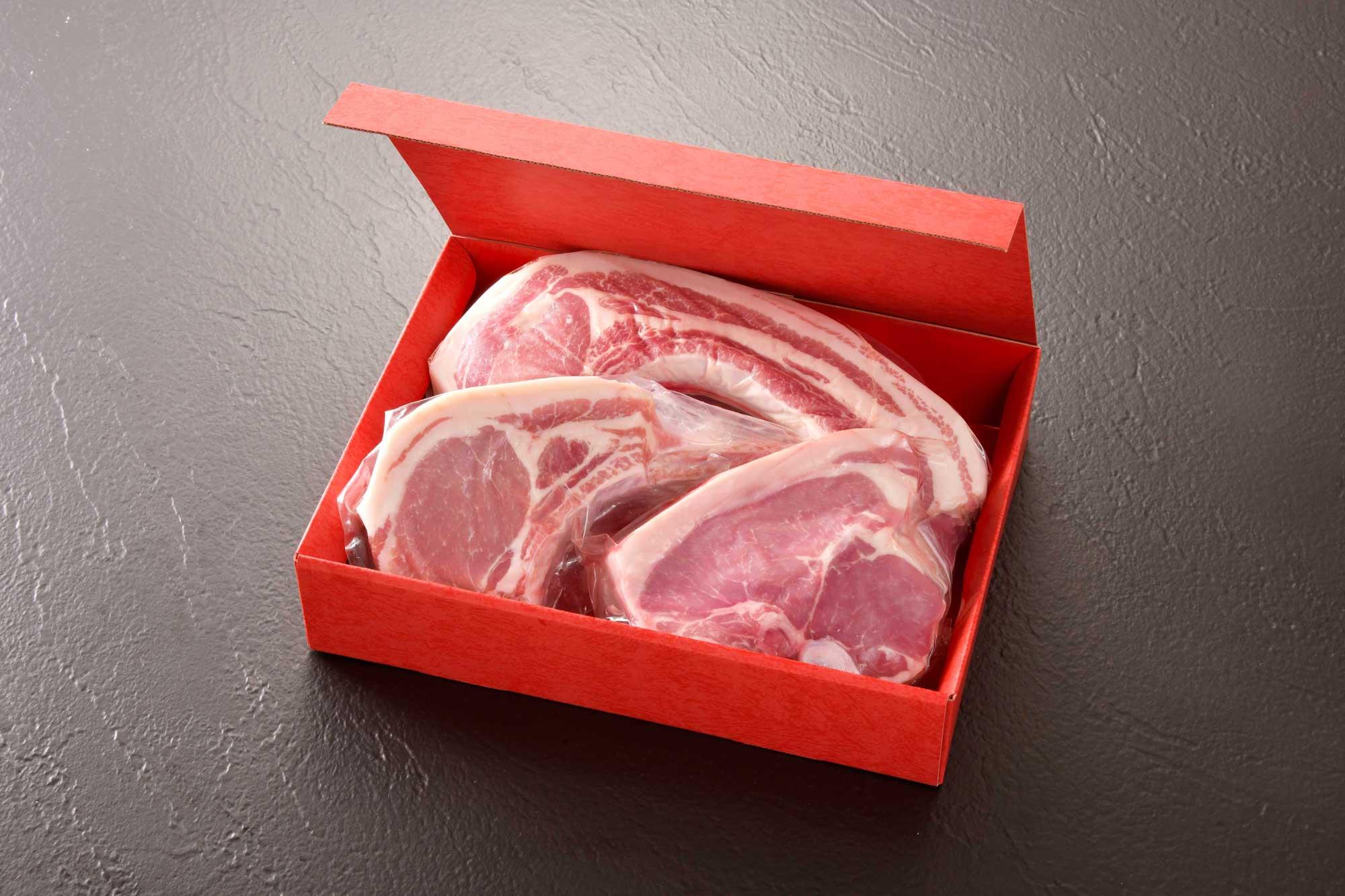 美水豚骨付き豚肉三種 -余市産豚肉